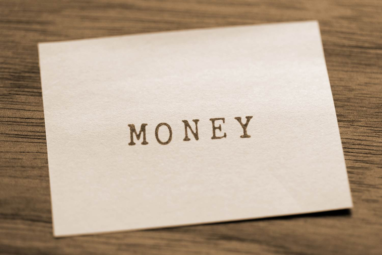 「お金が全てじゃない」の画像検索結果